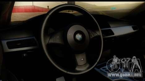 BMW M5 E60 Stanced para GTA San Andreas vista hacia atrás