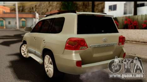 Toyota Land Cruiser 200 2013 para GTA San Andreas left