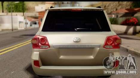 Toyota Land Cruiser 200 2013 para la visión correcta GTA San Andreas