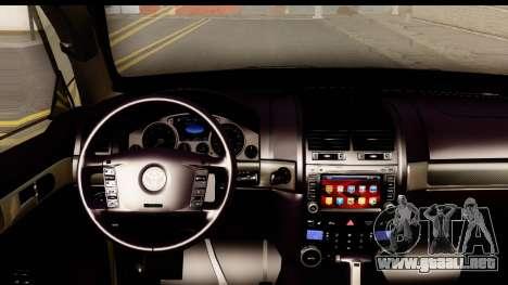 Toyota Land Cruiser 200 2013 para visión interna GTA San Andreas
