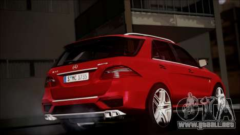 Mercedes-Benz ML 63 AMG 2014 para GTA San Andreas left
