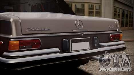 Mercedes-Benz 300 SEL 6.3 para GTA San Andreas vista hacia atrás
