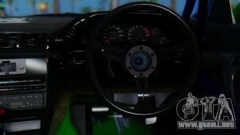 Nissan Skyline GT-R R32 para GTA San Andreas vista posterior izquierda