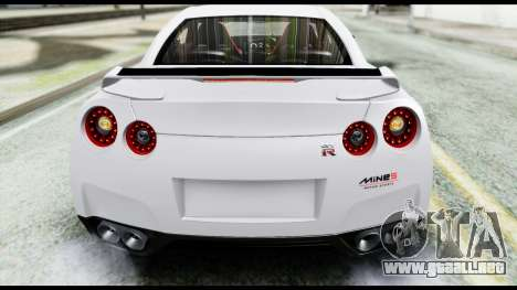 Nissan GT-R R35 2012 para visión interna GTA San Andreas