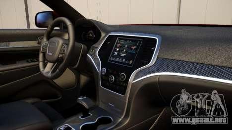 Jeep Grand Cherokee SRT8 2015 v1.0 para GTA 4 vista hacia atrás