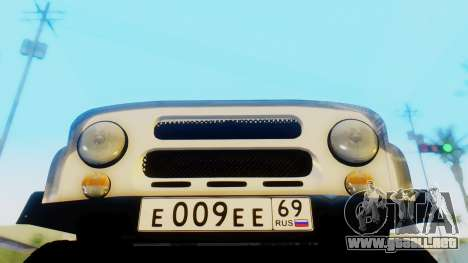 UAZ hunter para GTA San Andreas vista hacia atrás
