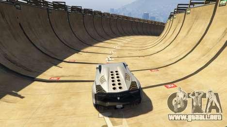 GTA 5 Maze Bank Mega Spiral Ramp tercera captura de pantalla