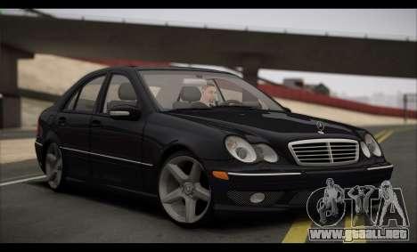 Mercedes-Benz C32 W203 2004 para GTA San Andreas