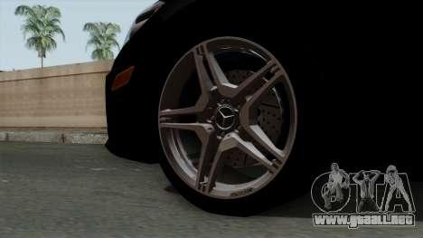 Mercedes-Benz E63 AMG Police Edition para GTA San Andreas vista posterior izquierda