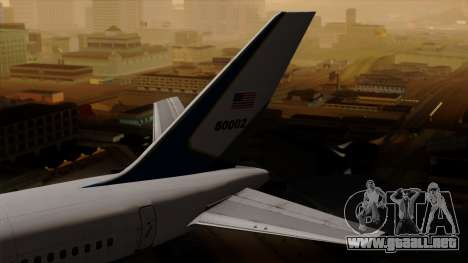 Boeing C-32 Air Force Two para GTA San Andreas vista posterior izquierda