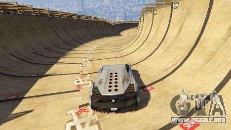 GTA 5 Maze Bank Mega Spiral Ramp cuarto captura de pantalla