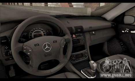 Mercedes-Benz C32 W203 2004 para vista inferior GTA San Andreas