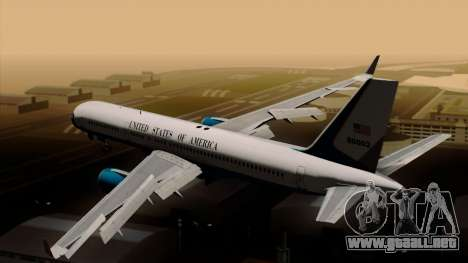 Boeing C-32 Air Force Two para GTA San Andreas left