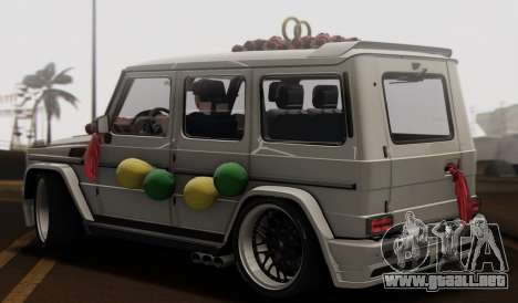Mercedes Benz G65 Hamann Tuning Wedding Version para GTA San Andreas vista hacia atrás