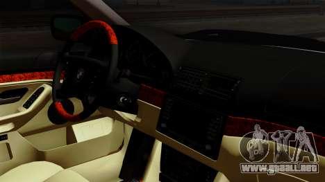 BMW 530D E39 2001 Stock para la visión correcta GTA San Andreas