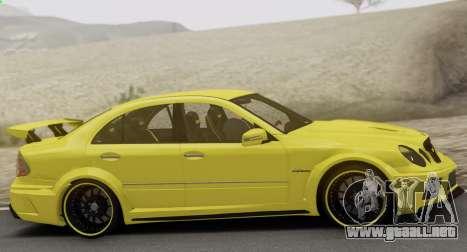 Mercedes-Benz E63 Qart Tuning para vista lateral GTA San Andreas