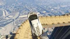Maze Bank Mega Spiral Ramp para GTA 5