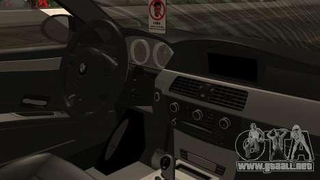 BMW M5 E60 Vossen v1 para GTA San Andreas vista hacia atrás