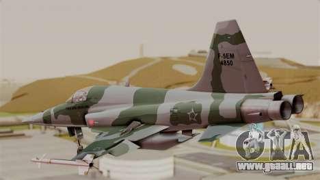Northrop F-5E Tiger II Texture FAB para GTA San Andreas left