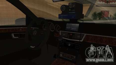 Mercedes-Benz E500 Ministerio del interior, la p para la visión correcta GTA San Andreas