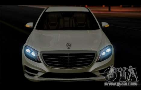 Mercedes Benz S63 W222 Artículos De Calidad para vista lateral GTA San Andreas