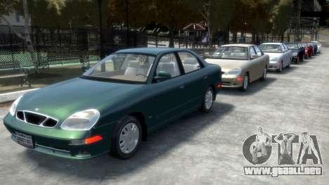 Daewoo Nubira II Sedan SX USA 2000 para GTA 4 ruedas