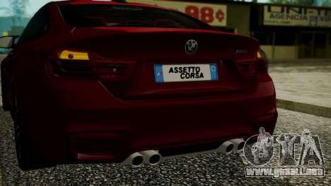 BMW M4 Coupe 2015 Walnut Wood para vista inferior GTA San Andreas