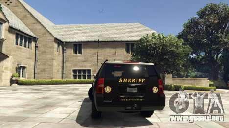 GTA 5 Chevrolet Suburban Sheriff 2015 vista lateral izquierda trasera