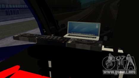 Bus in Thailand para GTA San Andreas vista posterior izquierda