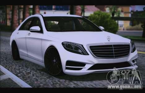 Mercedes Benz S63 W222 Artículos De Calidad para GTA San Andreas vista hacia atrás