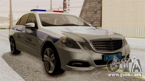 Mercedes-Benz E500 Ministerio del interior, la p para GTA San Andreas