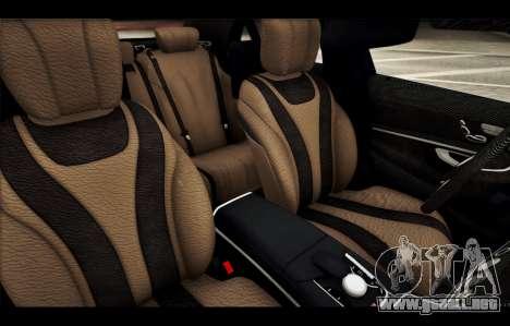 Mercedes Benz S63 W222 Artículos De Calidad para GTA San Andreas interior