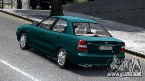 Daewoo Nubira II Sedan S PL 2000 para GTA 4 Vista posterior izquierda