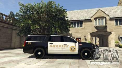 GTA 5 Chevrolet Suburban Sheriff 2015 vista lateral izquierda