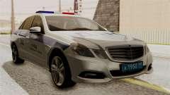 Mercedes-Benz E500 Ministerio del interior, la p