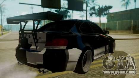 BMW 1M E82 without Sunroof para vista inferior GTA San Andreas