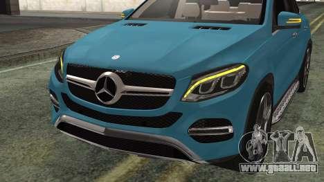 Mercedes-Benz GLE 450 AMG 2015 para GTA San Andreas vista hacia atrás