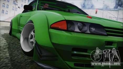 Nissan Skyline R32 Rocket Bunny para GTA San Andreas vista posterior izquierda
