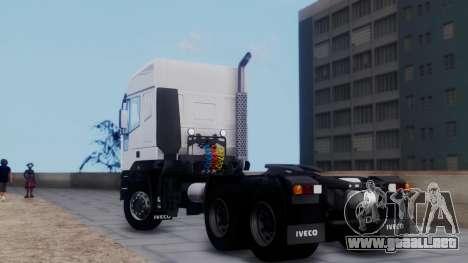 Iveco EuroTech v2.0 para GTA San Andreas left