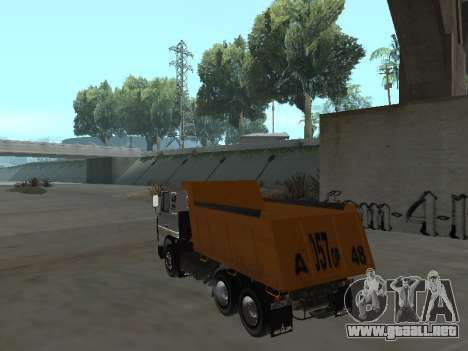 MAZ 551605-221-024 para GTA San Andreas left
