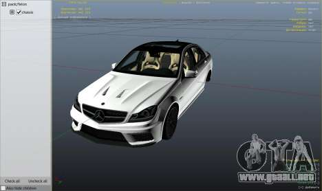 GTA 5 Mercedes-Benz C63 AMG v2 vista lateral derecha