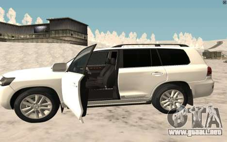 Toyota Land Cruiser 200 2016 para GTA San Andreas left