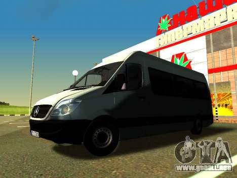 Mercedes-Benz Sprinter Long para vista lateral GTA San Andreas