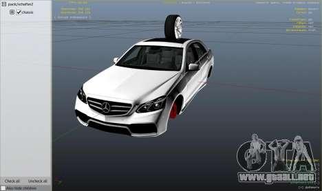 GTA 5 Mercedes-Benz E63 AMG v2.1 vista lateral derecha