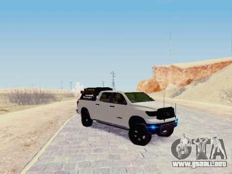Toyota Tundra 2012 Semi-Off-road para GTA San Andreas left