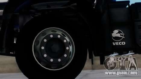 Iveco EuroTech v2.0 para GTA San Andreas vista posterior izquierda