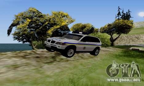 BMW X5 Ukranian Police para GTA San Andreas left