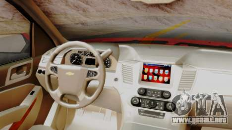 Chevrolet Suburban 2015 LTZ para la visión correcta GTA San Andreas