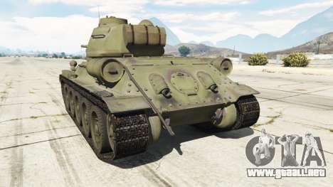 GTA 5 T-34-85 vista lateral izquierda trasera
