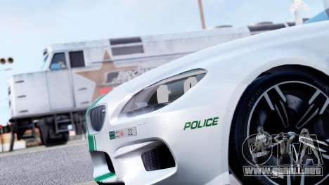 BMW M6 F13 Gran Coupe 2014 Dubai Police para GTA San Andreas vista hacia atrás